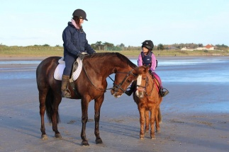 lily and Catriona Beach 2014